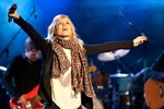 Ilse DeLange in Open